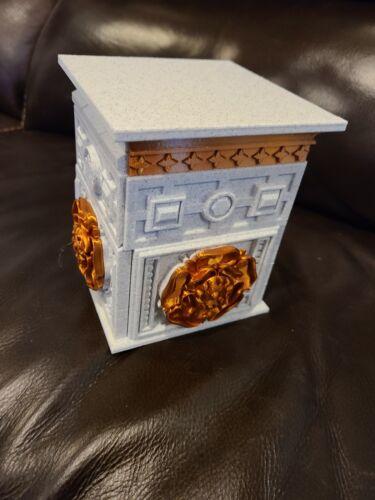 Custom 3D printed TUDOR ROSE LOCK box