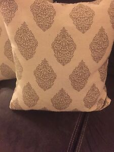 Pillows in great condition!