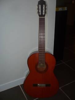 YAMAHA G55 Vintage guitar Reedy Creek Gold Coast South Preview