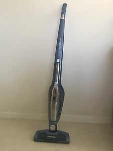 Electrolux 2-in-1 vacuum cleaner and dust buster Waterford West Logan Area Preview