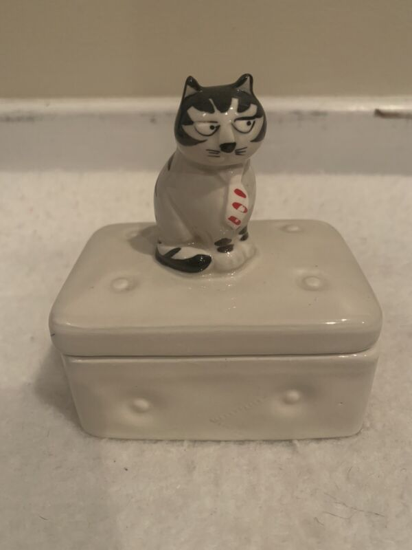 Vintage And Rare Takahashi Tom Cat Square Trinket Box Cat Sitting Red Tie