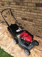 "HONDA 4 Stroke Lawn Mower 19"" Cut Loganholme Logan Area Preview"