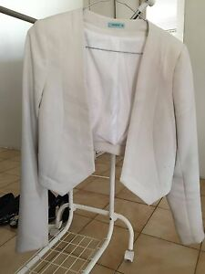 Kookai Crop Jacket - Ivory - Small Mount Lawley Stirling Area Preview