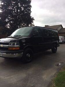 2011 Chevrolet Express 2500 cargo with sliding door