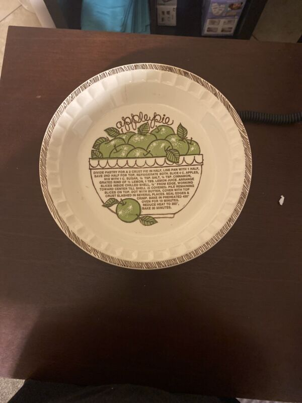 Vintage Royal China Apple Pie Plate Baking Pan By Jeannette w/ Printed Recipe
