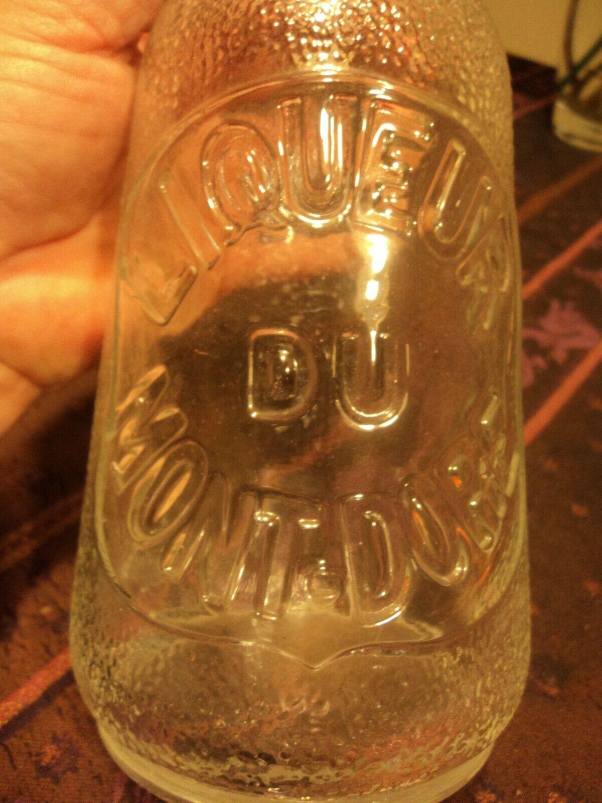 Carafe publicitaire vintage liqueur du mont-dore.carafe en verre de 24 cm.