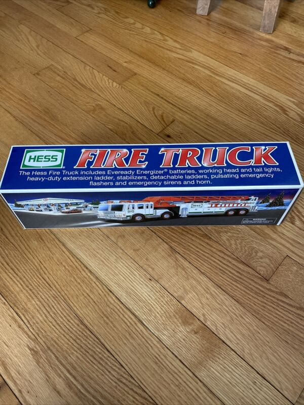 2000 Hess Toy Fire Truck - New In Box