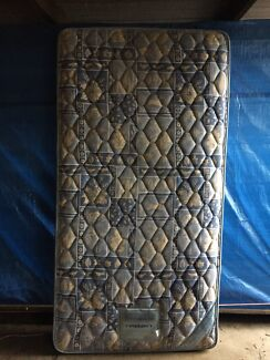 King single mattress in excellent condition