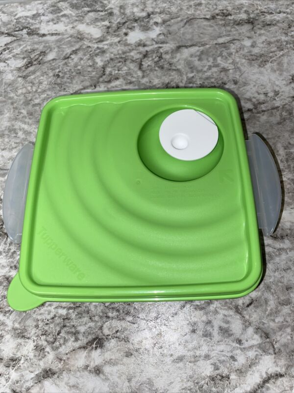 Tupperware Vented Lid 4908A Green With White Vent  Square Seal Crystal wave