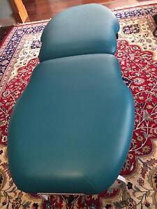 Athlegen Genesis portable massage table + carry bag Walkerville Walkerville Area Preview