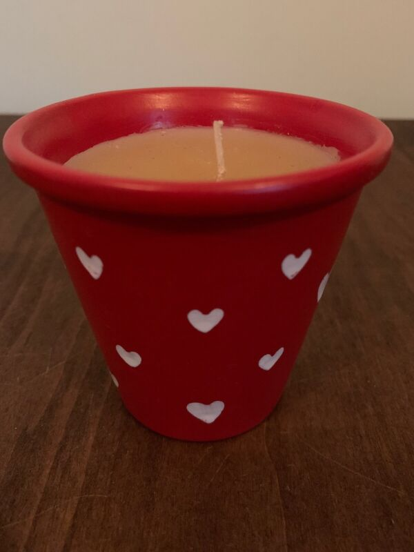 Red Ceramic Flower Pot Candle With White Hearts Valentine