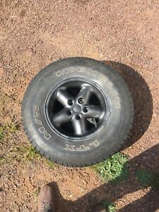 5 bolt 15 inch Jeep rims with 30x9.50x15 tires