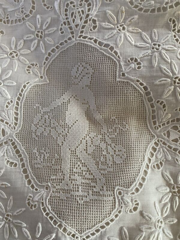 ANTIQUE ESTATE BOUDOIR PILLOW CASE EMBROIDERED/LACE WITH PUTTI