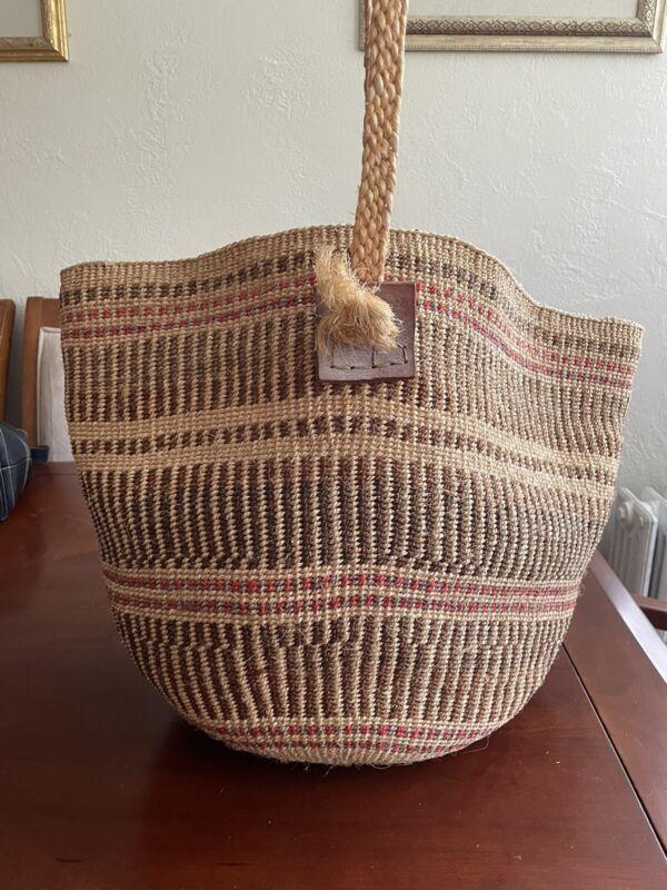 Vintage  Large Woven Basket Purse Strap Boho