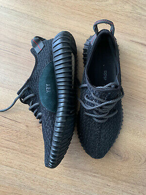 Adidas Yeezy Boost 350 V2 Pirate Black, Size 9 UK, EU 43.5. Black / White