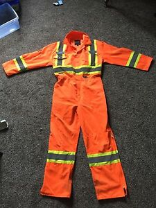 Pioneer coverall class 3 level 2