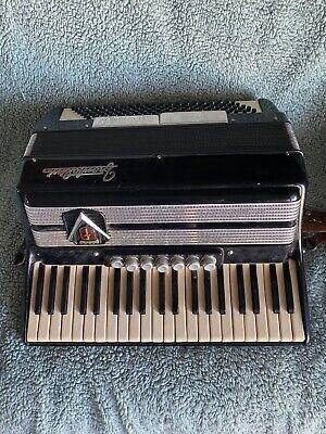 Frontalini 120 bass accordion