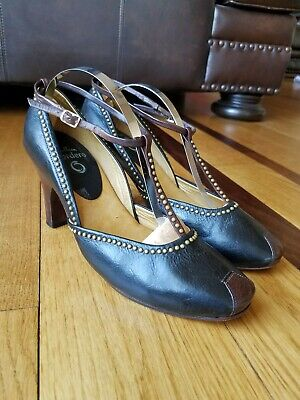 Calleen Cordero Woman's Studded T-Strap Black Leather Wooden Heels Shoes Size 8 for sale  Shipping to Canada