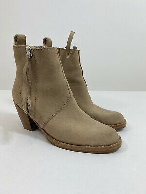 ACNE Studios Pistol Boots in Beige Size 38 $520