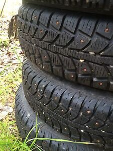 Set of for 155/80R13 studded tires