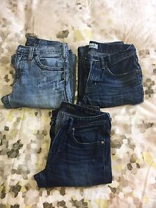 3 PAIRS BOYS BRAND NAME JEANS - SIZE 28W x 34L
