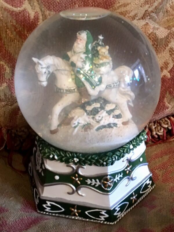 Fitz and Floyd Winter Garden Musical  Snow Globe We Wish You A Merry Christmas