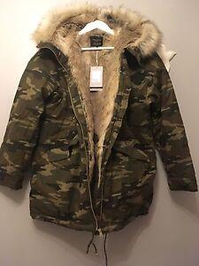 ZARA AW16 Khaki Camouflage Parka Coat With Faux Fur Lining Hood Size S Uk 8/10
