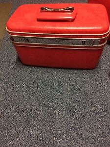 Samsonite Suitcase Set - REDUCED