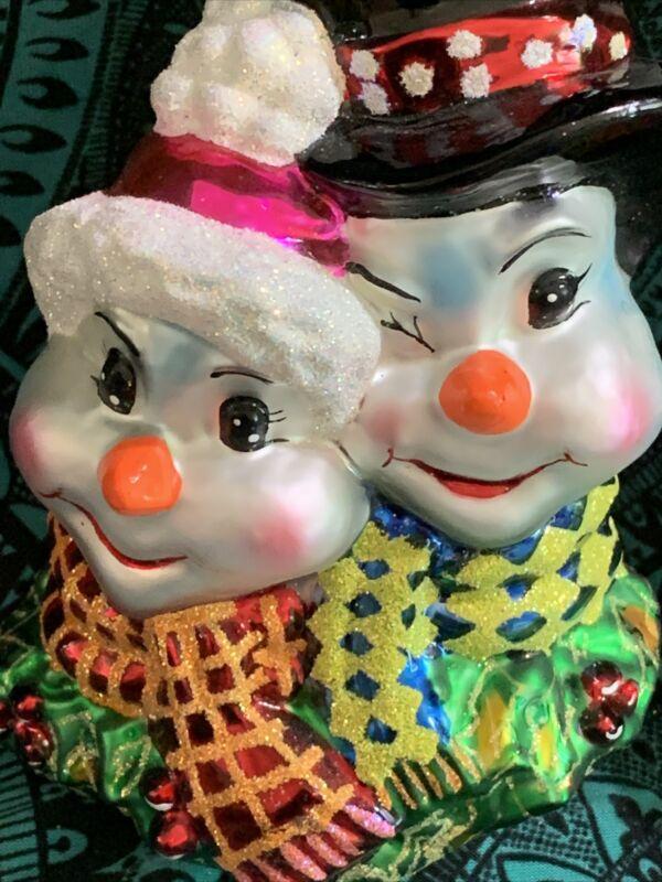 Radko Snow Love Like Ours Christmas Ornament 01-0316-0 NWT 4.5 Med Snow  Couple