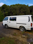 TOYOTA HIACE DIESEL VAN 1996 2.8 LT WITH 5 MONTHS REGO Queenstown West Coast Area Preview