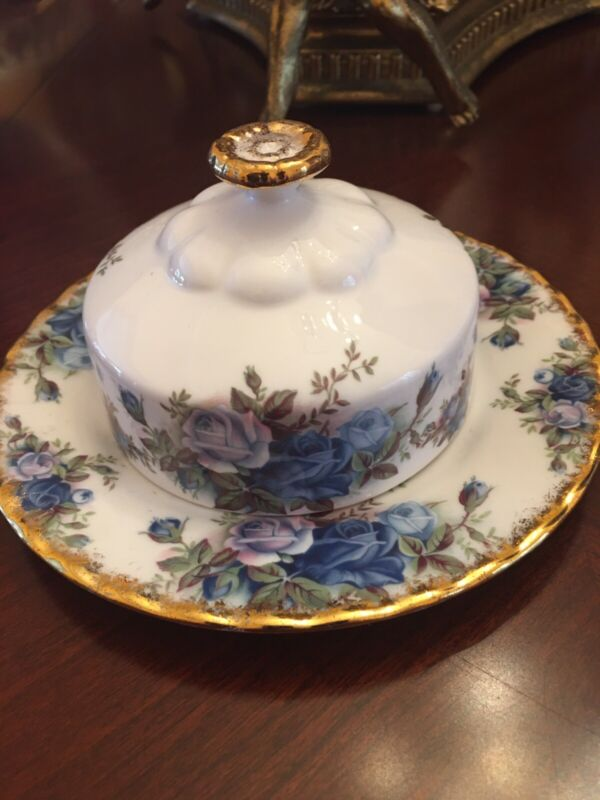 Royal Albert  Moonlight Rose Round Covered Butter Dish