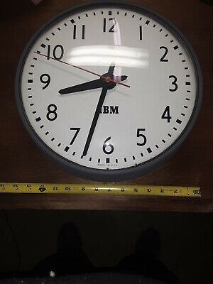 IBM VINTAGE INDUSTRIAL CLOCK--WORKS GREAT--GREAT FOR THE COLLECTION!!