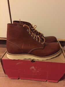 Red Wing Round Toe Brown Boot
