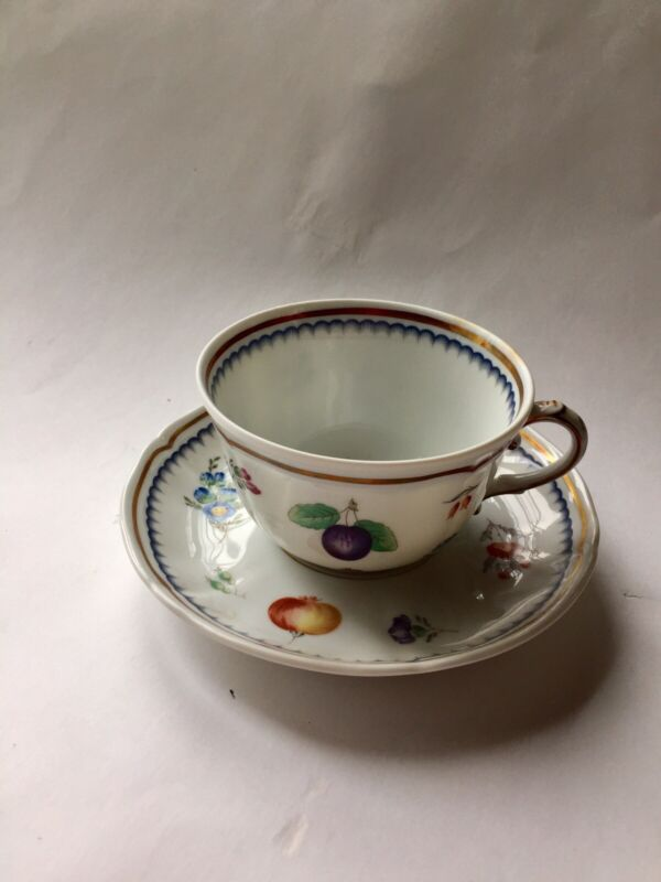 Italian Fruit by Richard Ginori 7 Cup and Saucers