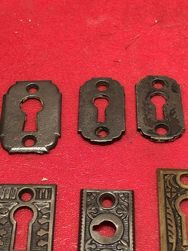 ANTIQUE ORIGINAL OLD FANCY KEY HOLE COVERS  LOT OF SEVEN