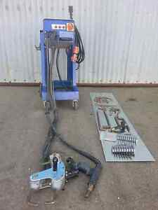 Sport welder machine ( car point) with dents puller Croydon Charles Sturt Area Preview
