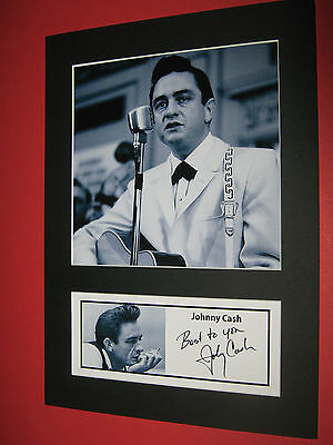 JOHNNY CASH A4 PHOTO MOUNT SIGNED PRE-PRINTED