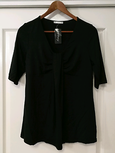 Size 12 top - New with tags - Target City Dressing Pomona Noosa Area Preview