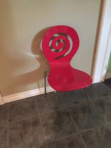 Hot pink swirl chair