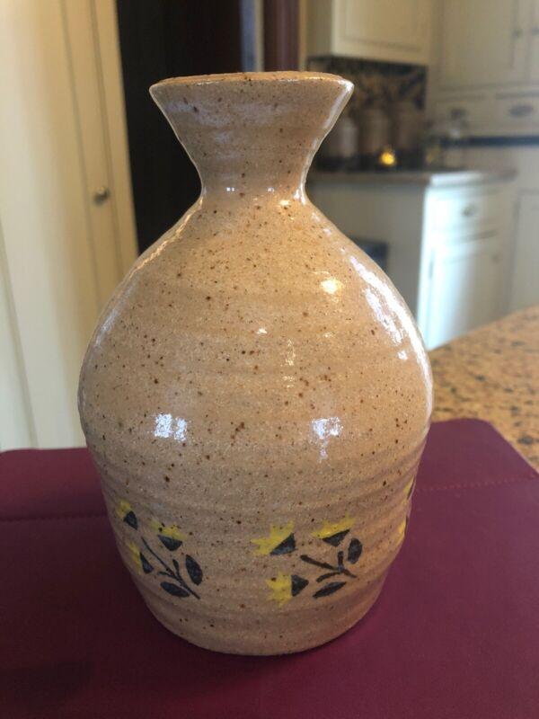 """Vintage Cottage Pottery Burton, Ohio Jug Vase, Excellent 6.5"""" Art Pottery"""