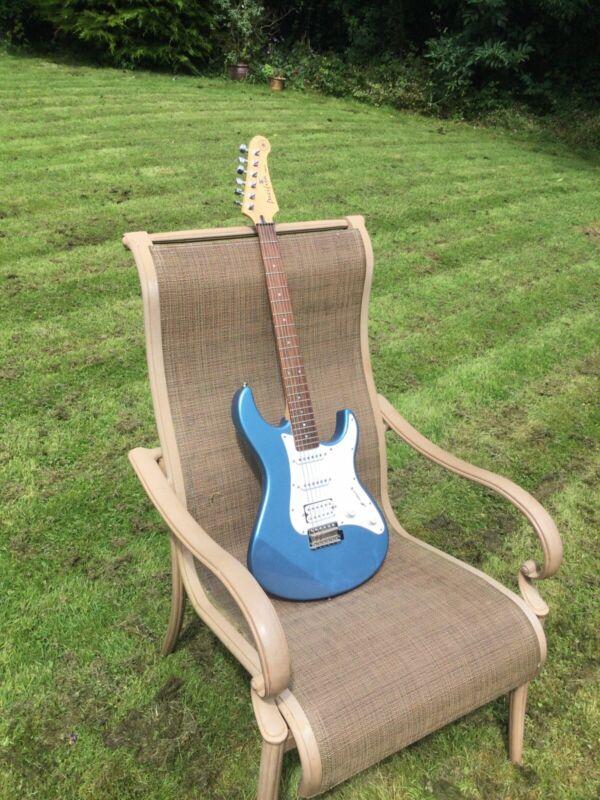 Yamaha Pacifica Electric Guitar PAC 112J Light Metalic Blue