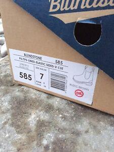 Mint Condition Blundstone 585 USAM Size 8