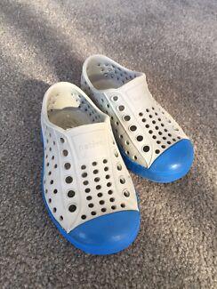 Kids Native Shoes - size C6/AU 5