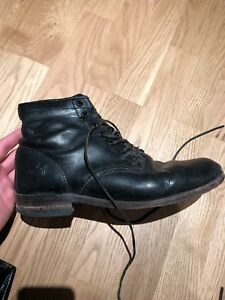 Frye Men's size 10US lace up leather boots
