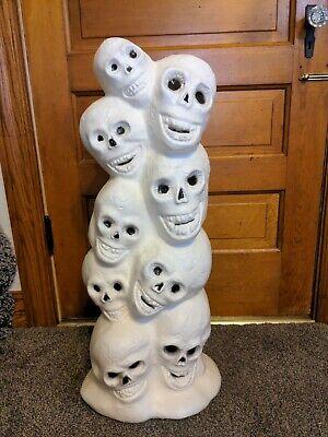 "VTG Halloween Blow Mold Stacked Skeleton Heads 32"""