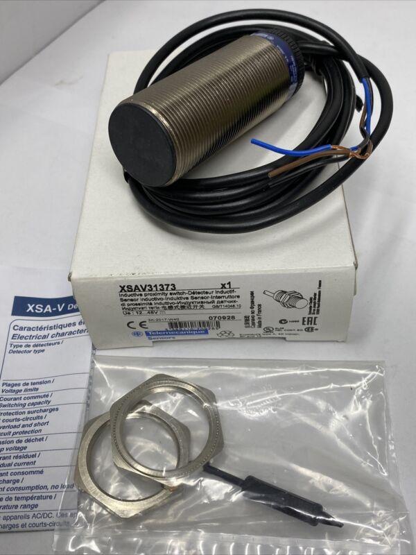 Telemecanique XSAV31373  Inductive Proximity Switch  (NEW)