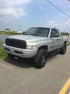 1999 Dodge 2500 5.9 24 Valve With V Plow Many Upgrades
