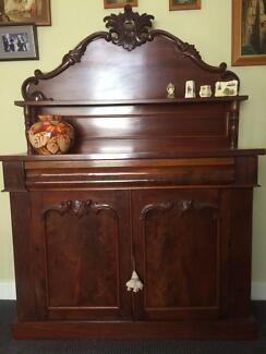 Antique Mahogany Victorian Chiffonnier