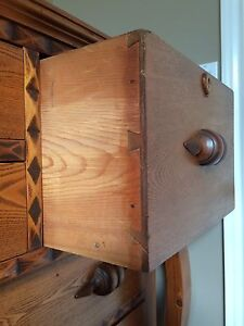 Beautiful Antique Chest of Drawers Kitchener / Waterloo Kitchener Area image 4