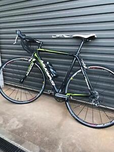 Road bike carbon fibre